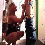 Image Blonda atragatoare face dragoste cu prietenul ei