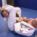 Image Dupa lectia de karate primeste limbi in cur si in pasarica