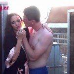 Image Fac dragoste pe mansarda blocului