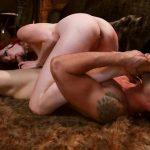 Image Fetish sexual cu amanta si sclavul ei ascultator
