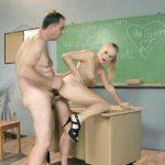Image Profesor sex cu o minora in timpul meditatiilor