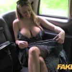 Image O milfa frumoasa blonda fututa in taxi ca nu are bani