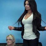 Image Nicoleta si Ioana la casting futute pana le crapa pizda