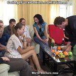 Image Poker pe dezbracatea si dupa orgie cu eleve si elevi