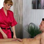 Image Pacient norocos primeste masaj erotic cu finalizare anala