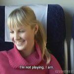 Image Studenta blonda accepta sa faca o muie in tren pentru bani multi