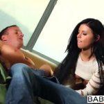 Image Bruneta fotomodel suge pula si se fute cu un stripper celebru