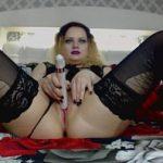 Image Videochat cu moldoveanca Ana care se masturbeaza cu un vibrator