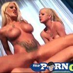 Image Actrite porno mama si fiica joaca in acelasi film si se fut brutal