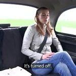 Image Blonda la economie agatata in taxi fake si fututa de soferul excitat