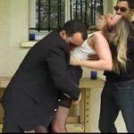 Image Profesoara facuta posta de mai multi barbati dupa ce iese de la scoala