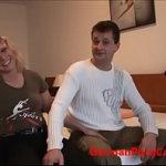 Image Cuplu de amatori filmati cand fac sex in camera de hotel