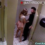Image Barman da muie in toaleta restaurantului unei cliente perverse