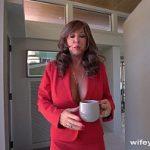 Image Sotie excitata bea cafea si vrea putin laptic de pula