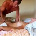 Image Sex in pozitia misionarului pana o umple de sloboz in vagin