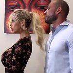 Image Nimfomana Bridgette B si-o trage cu fostul iubit si sotul priveste
