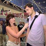 Image Goala prin mall primeste interviuri de la o gala de arta