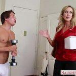 Image Viitoare nevasta matura fututa brutal de baiatul sotului