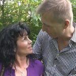 Image Tinerel plateste femeie matura pentru sex neprotejat cu ejaculare pe sani