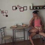 Image Sex belea dimineata in bucatarie pe scaun dupa micul dejun