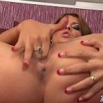 Image Jasmine isi baga degetele in vagin si munceste mult pana la orgasm