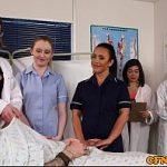 Image Pacient frecat la pula si supt de doua asistente sexy si de doctorita milfa