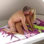 Image Filmare secreta cu cuplu care se fute la mansarda pana se rupe patul