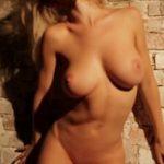 Image Filmare nud cu Natasha Andreeva dansand erotic pe muzica de club