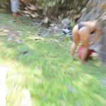 Image Sotia curva in vacanta cu amantul se fute la munte
