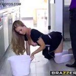 Image Face sex in bucatarie cu noua lui secretara perfecta