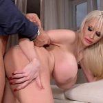 Image Porno cu vecinul si vecina intr-o partida de sex frumoasa