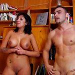Image Porno filmat cu matura sparta anal de student cu pula mare