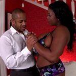 Image Grasuta negresa cu silicoane filmata cand face sex cu iubitul dotat