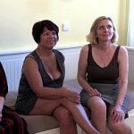 Image Porno in grup cu 3 mature peste 40 de ani futute la casting