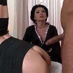 Image Profa japoneza invata cuplu sa faca sex in stil asiatic