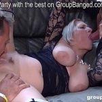 Image Teresa o matura cu silicoane care face muie si sex in grup cu multi pularai tineri