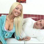 Image Barbat matur cu pula mica fute excorta blonda pentru 100 euro