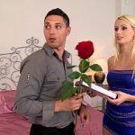 Image Erica de ziua ei primeste flori si pula de la doi amici excitati