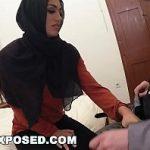Image Debut in porno pentru araboaica misto cu pizda mica
