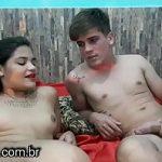 Image Cuplu de tineri amatori fac sex la webcam pentru bani