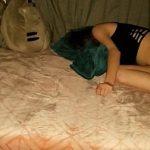 Image O fute pe varasa adormita de alcool si o lasa cu sperma in vagin