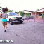 Image Kelsi Monroe o latina cu fundul mare care se fute violent