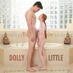 Image Abuzata sexual in baie de fratele pervers cu pula mare