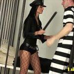 Image Politista sex brutal in celula cu un detinut