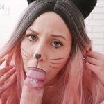 Image Deghizata in pisicuta porno se fute brutal cu iubitul excitat