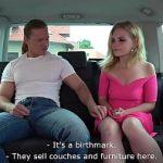 Image Blonda divortata fututa in masina de Tarzan