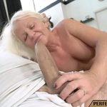 Image Bunica de 60 de ani perversa face sex cu nepotu