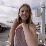 Image Tanara cucerita in public face sex la webcam pentru bani