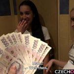 Image Platite cu 1000 de euro pentru sex in grup
