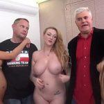 Image Orgie epica cu trei starlete porno si fost gigolo matur